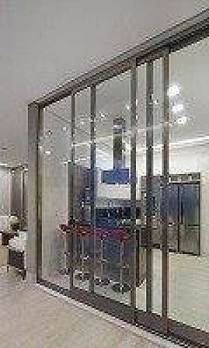Esquadrias de alumínio para vidros