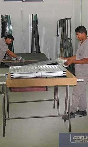Fábrica de esquadrias de alumínio